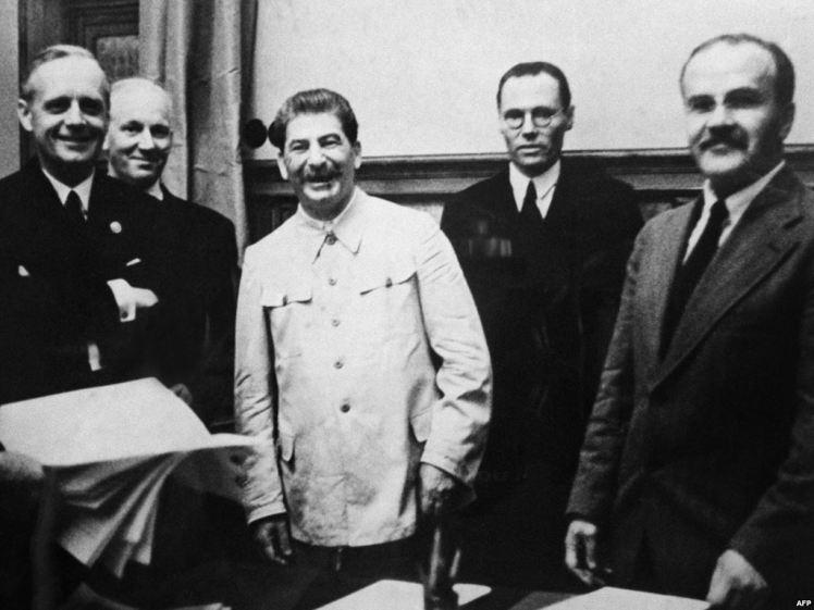 Stalin Molotov