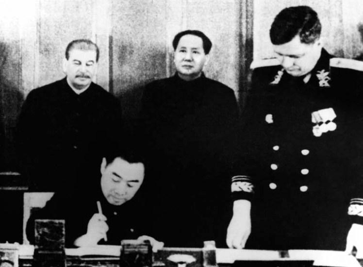 Stalin y Mao - Tratado de Amistad - 1949