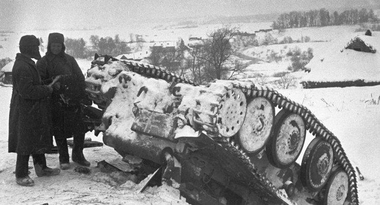 Tanque nazi destruido